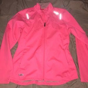 🤍Pink Saucony running jacket